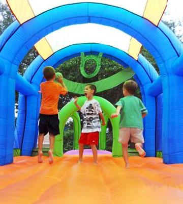 Review of KidWise Arc Arena II Sport Bounce House