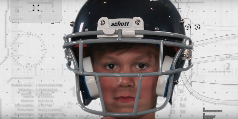 Schutt Sports 798004 Youth Recruit Hybrid Football Helmet in the use