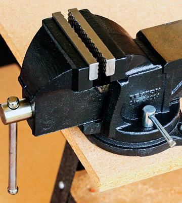 Review of Tekton 54004 Swivel Bench Vise