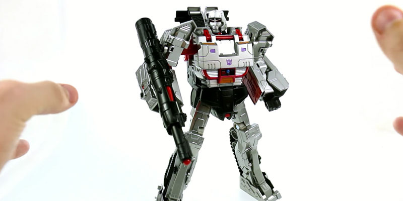 Detailed review of Megatron Generations Combiner Wars Transformer