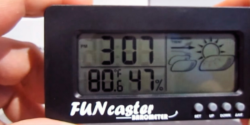 Review of TecScan FUNcaster Barometer with Time, Temperature, Humidity