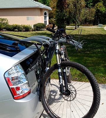 Review of Saris Bones 3-Bike Trunk Mount Rack