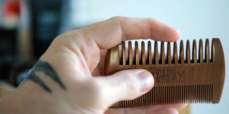 Review of Viking Revolution Wooden Beard Comb & Case, Dual Action Fine & Coarse Teeth