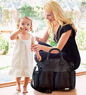 Review of Skip Hop 200450 Chelsea Downtown Chic Diaper Satchel