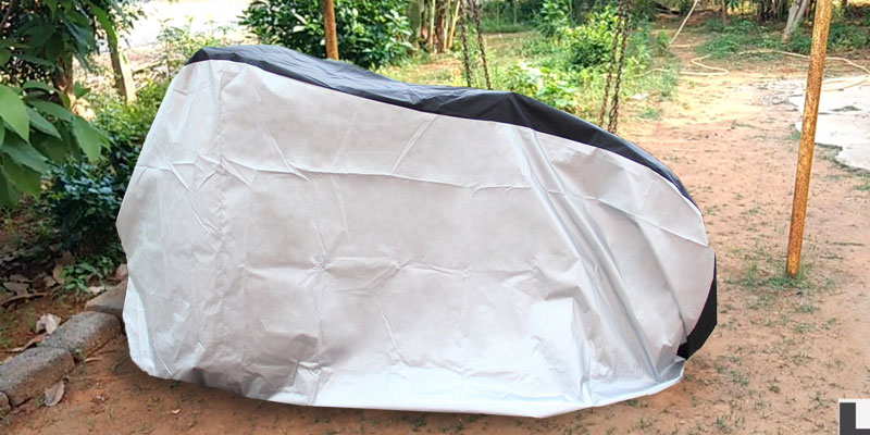 Ohuhu Waterproof Outdoor Bicycle Cover for Mountain and Road Bikes in the use
