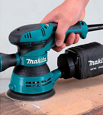 Review of Makita BO5041K Random Orbit Sander Kit