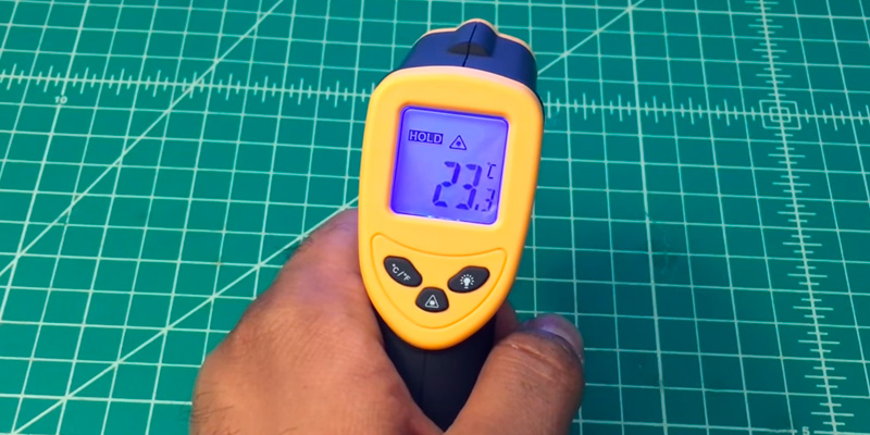 Etekcity Lasergrip 774 Non-contact Digital Infrared Thermometer in the use