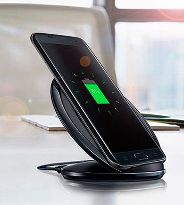 Review of Samsung Fast Charge Wireless Charging Stand