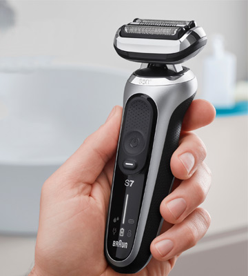 Review of Braun 7071cc 4in1 Flex Head Electric Shaver with Precision Trimmer