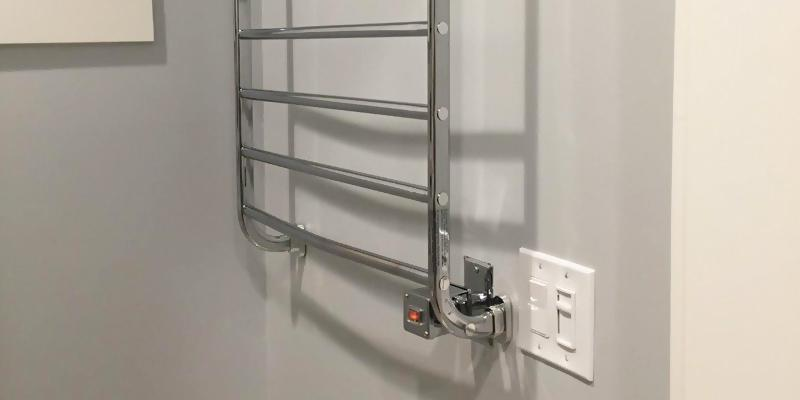 Warmrails HSKC Kensington Wall Mounted Towel Warmer in the use