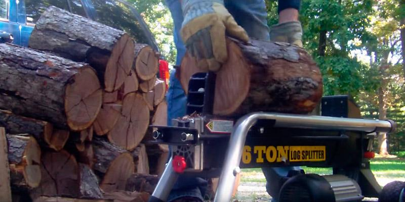 WEN 56206 6-Ton Electric Log Splitter in the use