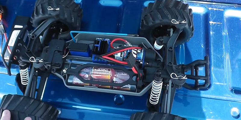 Detailed review of Traxxas Remote Control Monster Truck