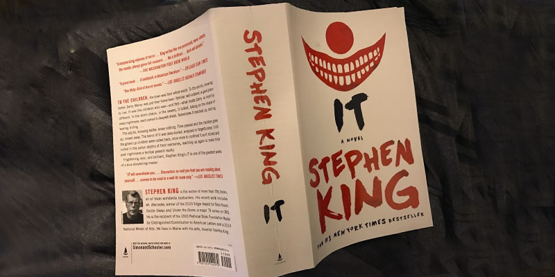 "Review of Stephen King ""It: A Novel"""