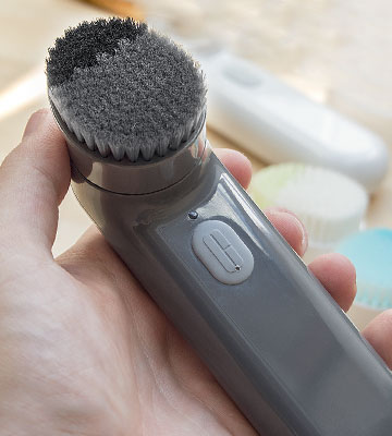 Review of Clinique Deep Cleansing Brush for Men Sonic System