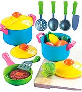Small World Toys Living - Young Chef Cookware  Playset