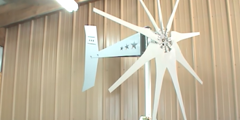 Missouri Raider 1600W 11-Blade Wind Turbine in the use
