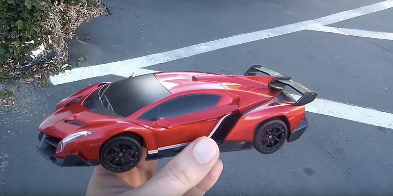 Detailed review of RW Lamborghini Veneno Scale Sport Racing