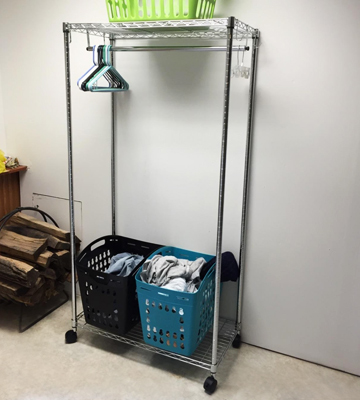 Review of AmazonBasics Garment Rack with Top and Bottom Shelves