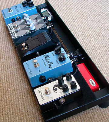 Review of EX Pedalboard Guitar Effects Pedalboard