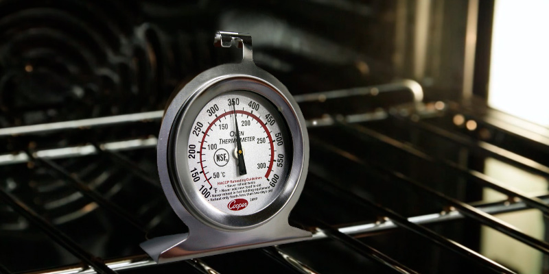 Review of Cooper-Atkins 24HP-01-1 Stainless Steel Bi-Metal Oven Thermometer