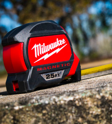 Review of Milwaukee 48-22-7125 Magnetic Tape Measure 25 ft