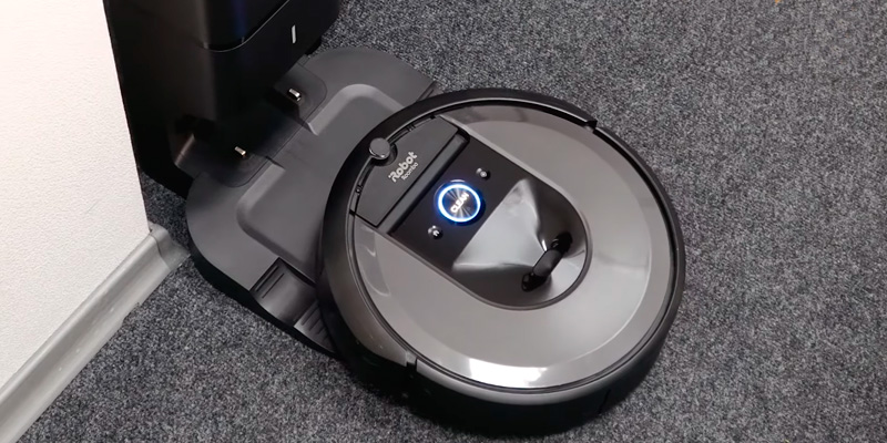 Review of iRobot Roomba i7+ (7550) Robot Vacuum