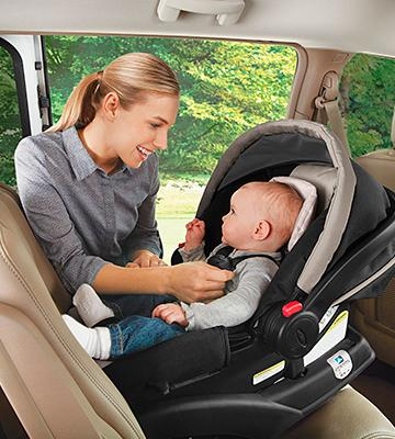 Review of Graco SnugRide Click Connect 35 Infant Car Seat