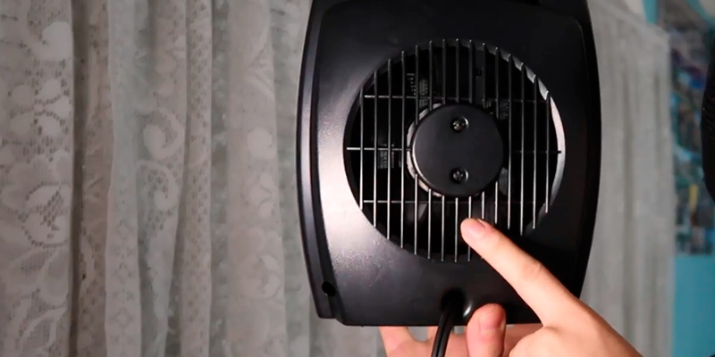 Lasko CD09250 Ceramic Fan Heater in the use