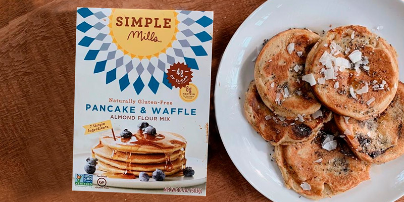 Review of Simple Mills Almond Flour Pancake Mix & Waffle Mix