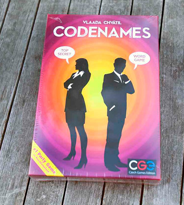 Review of Czech Games Codenames Social word game