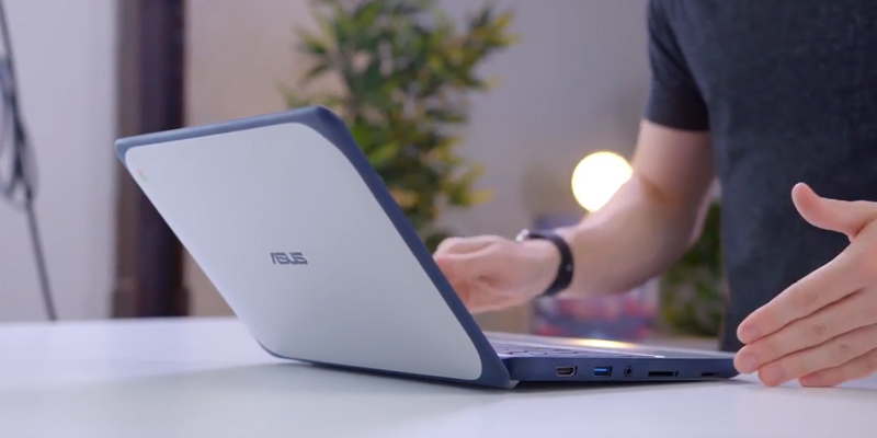 Detailed review of ASUS Chromebook C202SA (C202SA-YS02) 11.6-Inch, Intel Celeron 4 GB, 16GB eMMC