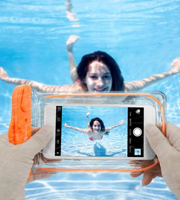 Review of F-color Transparent Waterproof Case