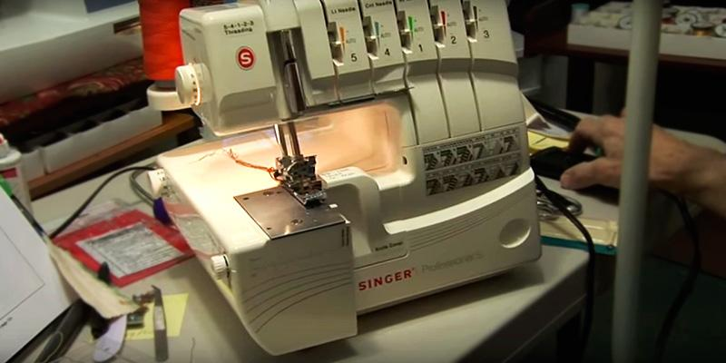 Review of SINGER 14T968DC Professional 5-4-3-2 Thread Overlock with Auto Tension