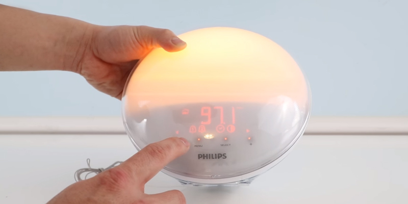 Detailed review of Philips HF3520 Wake-Up Light