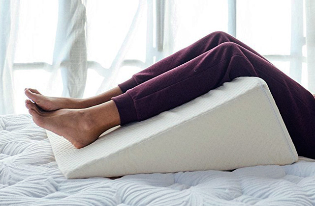 Best Bed Wedges for Keeping You in a Natural, Comfortable Position