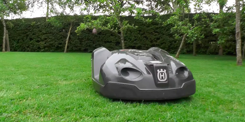 Review of Husqvarna Automower 430XH Robotic Lawn Mower