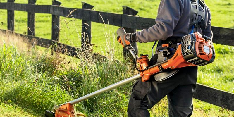 Review of Husqvarna 223R Gas Powered Straight Shaft Brushcutter