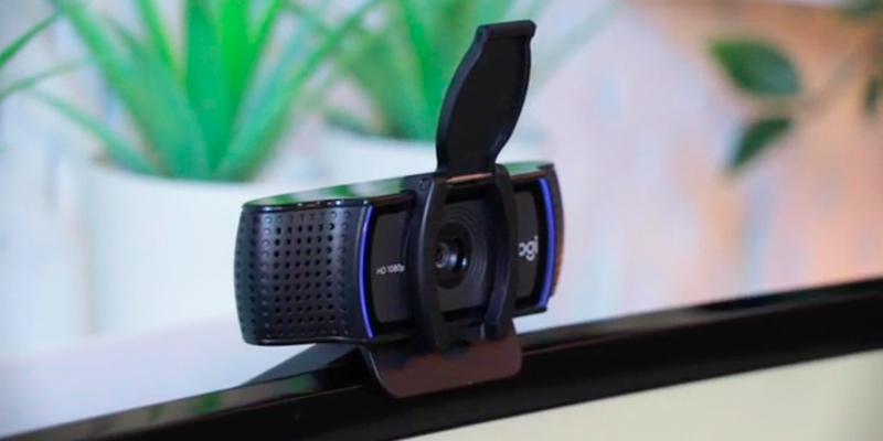 Logitech C920 HD Pro Webcam with Microphone in the use