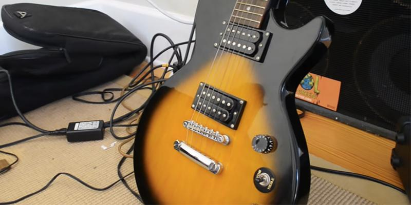 Epiphone PPEG-EGL1VSCH1 Vintage Sunburst in the use