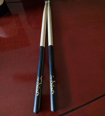 Review of Avedis Zildjian Company Nylon Black Dip Drumsticks
