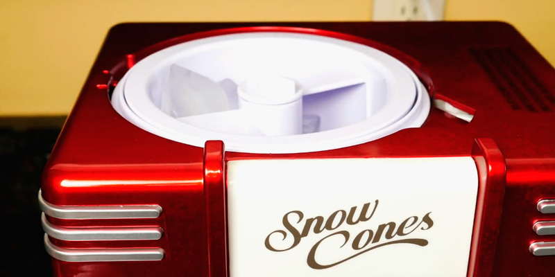 Nostalgia RSM602 Countertop Snow Cone Maker in the use