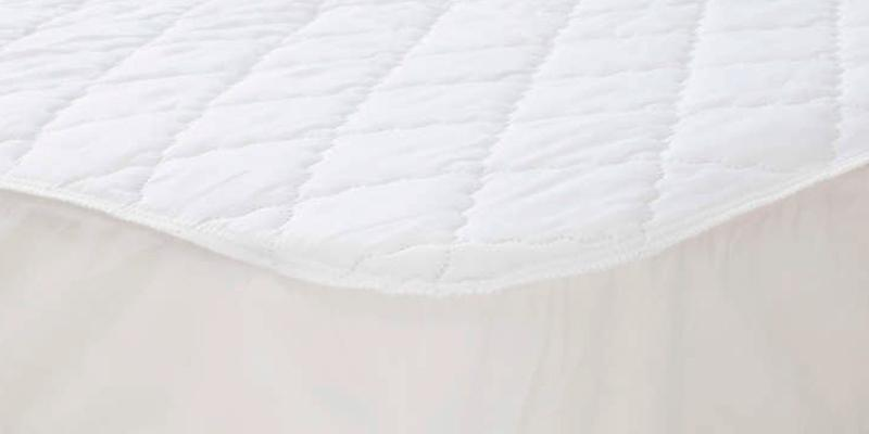 "Serta Rest 3"" Gel Memory Foam Mattress Topper in the use"