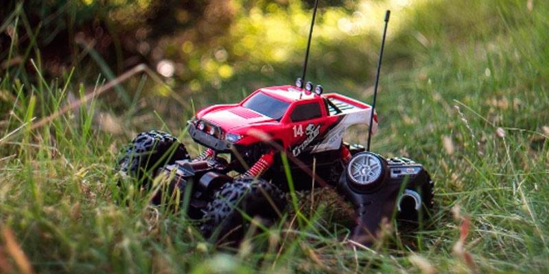 Review of Maisto 83022 Rock Crawler Radio