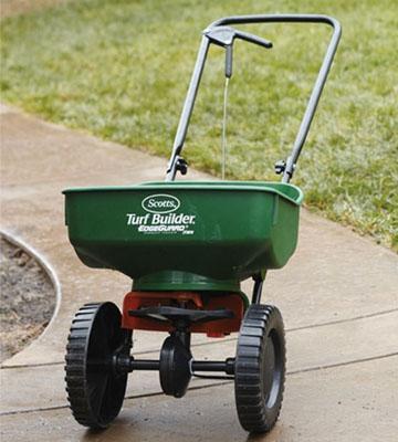5 Best Fertilizer Spreaders Reviews Of