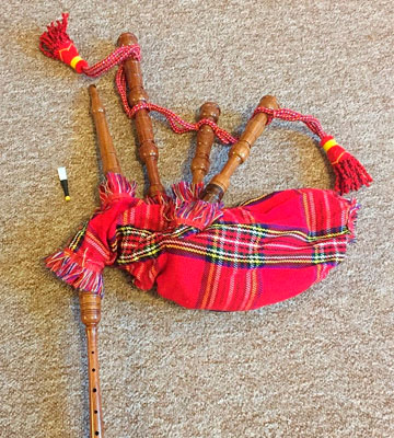 Review of Grover W600 Child Size Bagpipes with Instruction Sheet