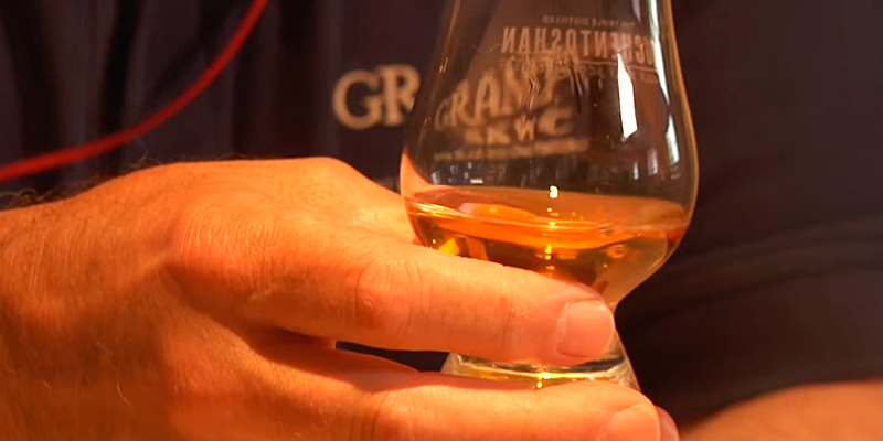 Glencairn Crystal Whiskey Glass in the use