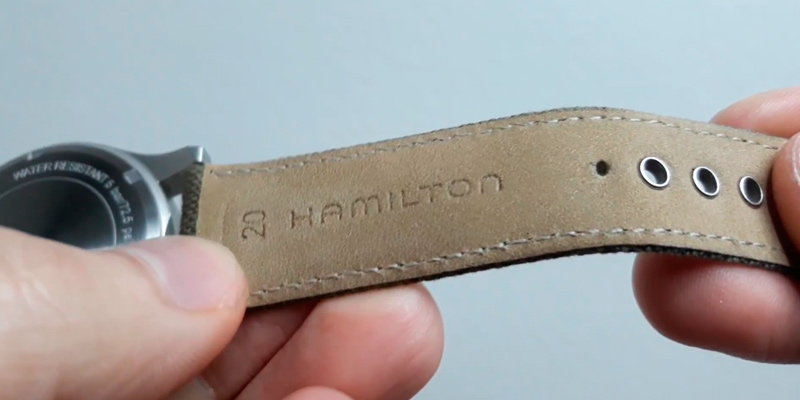 Hamilton H69419363 Unisex Khaki Field in the use