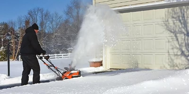 Review of BLACK+DECKER LCSB2140 40V Max Lithium Snow Thrower