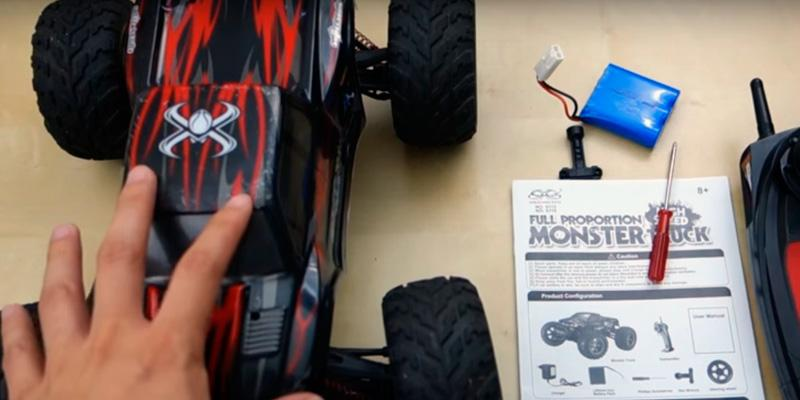 Review of TOZO C2032 Off Road RC CARS