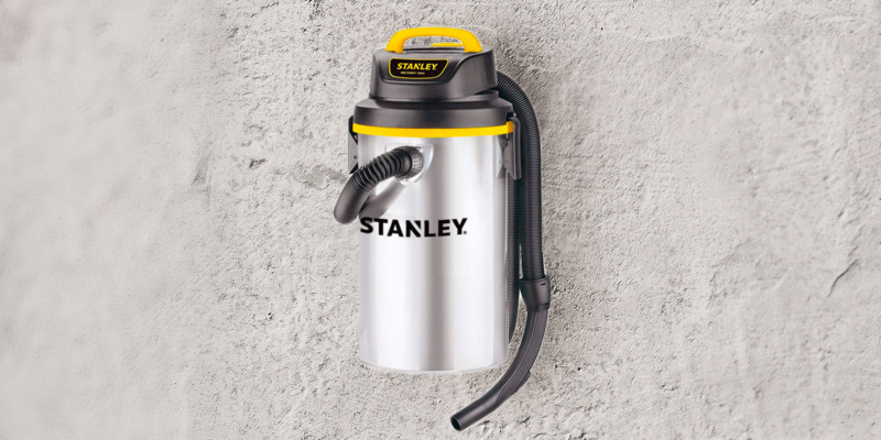 Review of Stanley 4.5 Gallon, 4 Horsepower Wet/Dry Hanging Vacuum